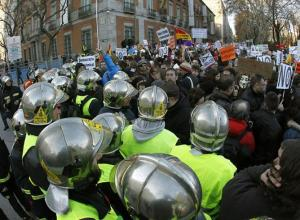 Cordon-policial-bomberos-Madrid